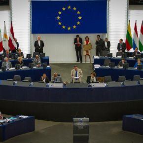 A quoi servent les groupes politiques au Parlement?